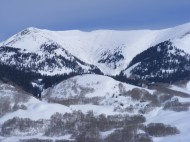 Two large avalanches. Don't into the chute below these ridges during winter