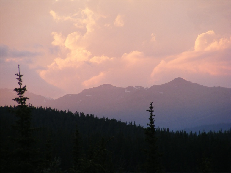 Sunset over the Platte River Mountains seen from Indian Creek in the Lost Creek Wilderness