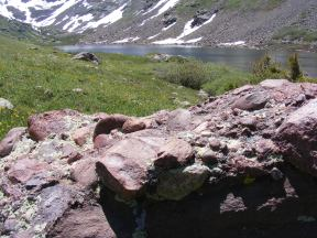 Conglomerate rock above Cherry Lake