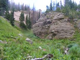 A gully in the cliffs above Elk Creek