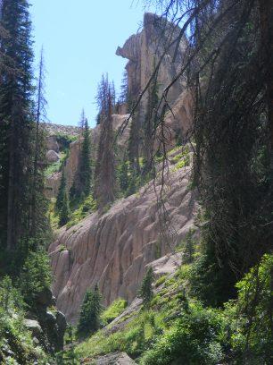 Interesting erosion above Elk Crek