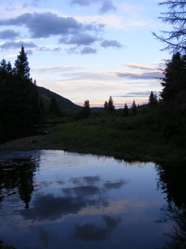 The last gloaming over Elk Creek in Second Meadows