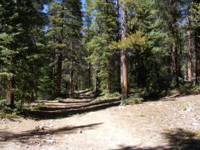 Hiking on the Kroenke Lake Trail, between said lake and Horn Fork Trail
