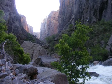 Sheer canyon walls in the early morning light, Black Canyon of the Gunnison