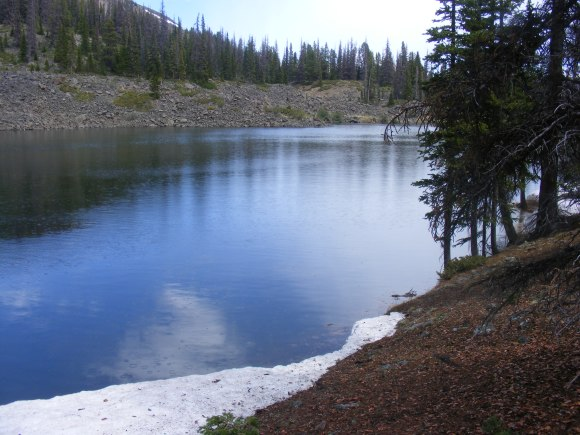 A bit of snow lingering near the smaller Baldy Lake