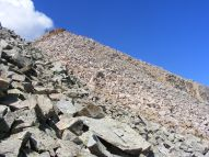 Picking my way through the talus on the eastern flank of Fossil Mountain