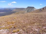 Mesas to the northeast of Halfmoon Pass
