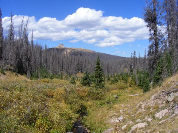 Twin Peaks above the creek of the same name, I'm hiking on Rio Grande National Forest Trail No. 912
