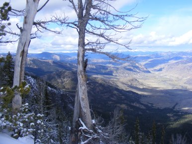 Looking down from Sepulcher Mountain, the Yellowstone River just above Yankee Jim Canyon