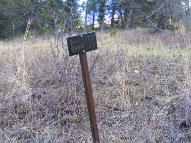 The junction of the Snow Pass and Claggett Butte Trails