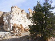 White sandstone cliff in Castle Gardens
