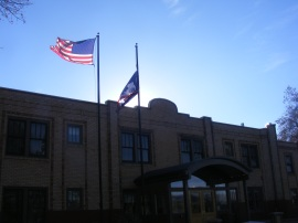 Flags over the Best Western in Thermopolis