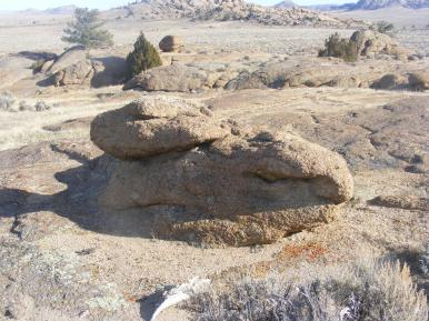 Boulders to be, in the Granite Mountains