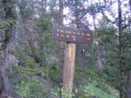 A sign at the western end of the Milk Creek Trail No. 474, where a junction with the Big Bend Creek Trail No. 488 lies